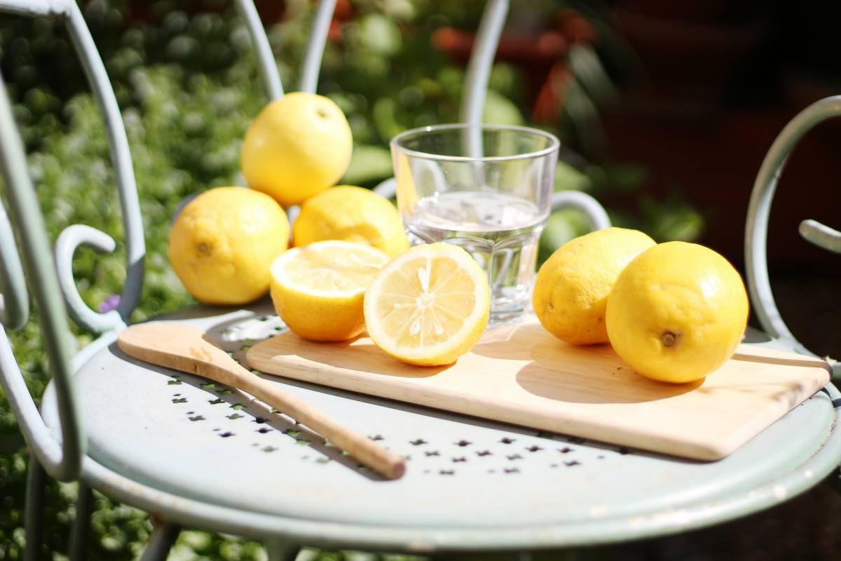 Citron + eau chaude : mon rituel santé